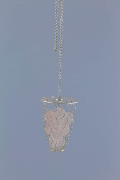sita falkena talisman- zilver netje met rozenkwarts aan ketting
