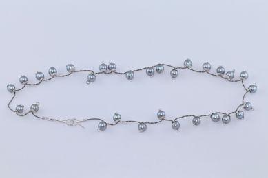 """sita falkena """"parelschotel"""" collier, zilver/ parels/ zijde"""